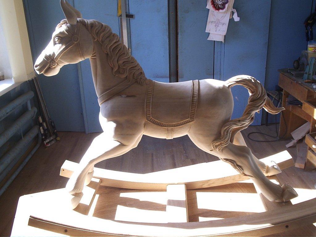 Как из дерева сделать лошадь